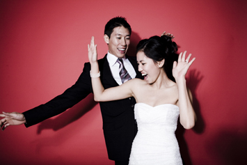 photo-booth-couple-2