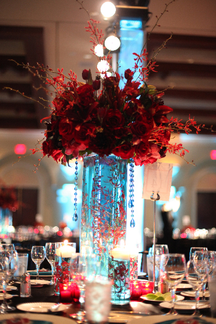 submerged flower centerpieces. I love the submerged flower