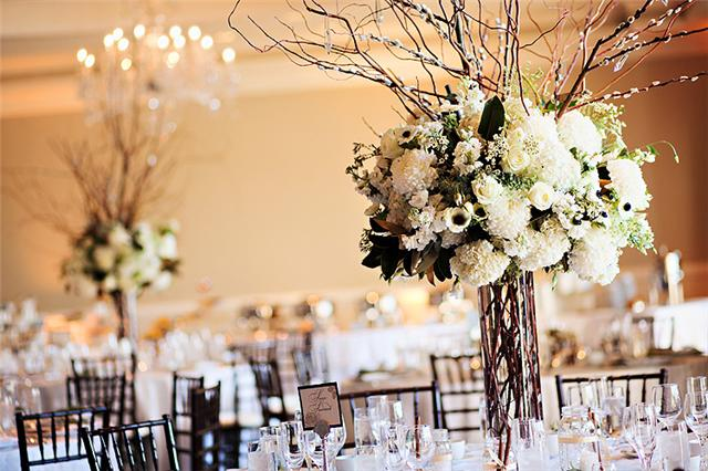 A snowy southern wedding… in california the treasured
